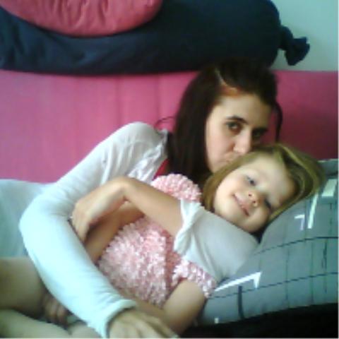 moment calin avec maman :)