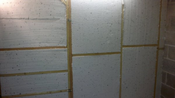 Comme faire ma piece pour mes canaris dans mon garage dit moi si la cloison c 39 est bien la piece - Hauteur sous plafond 3m ...