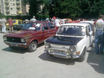 une voiture de rallye des année 70