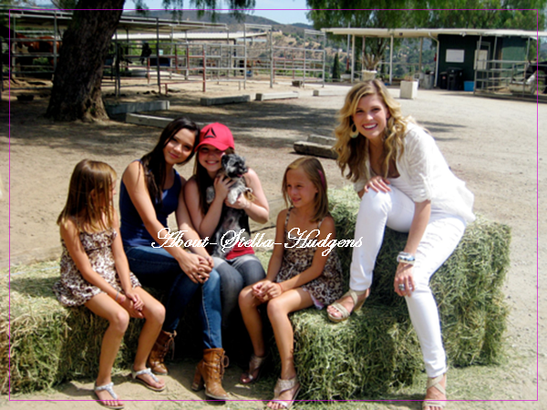 . Nouvelles photos de Stella, Sammi & Julia...
