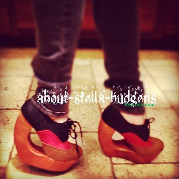 . Yo Stella, arrête tes conneries. T'es pas Lady Gaga, ramène ces chaussures au magasin..