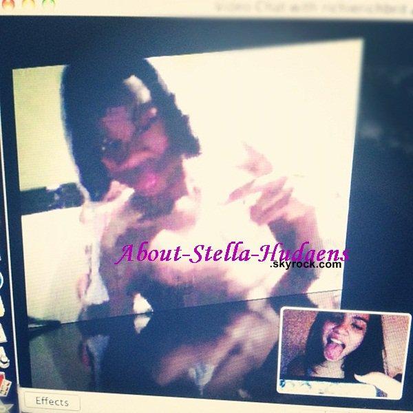 . Stella est la 98ème personne la plus recherchée sur Teen Vogue.