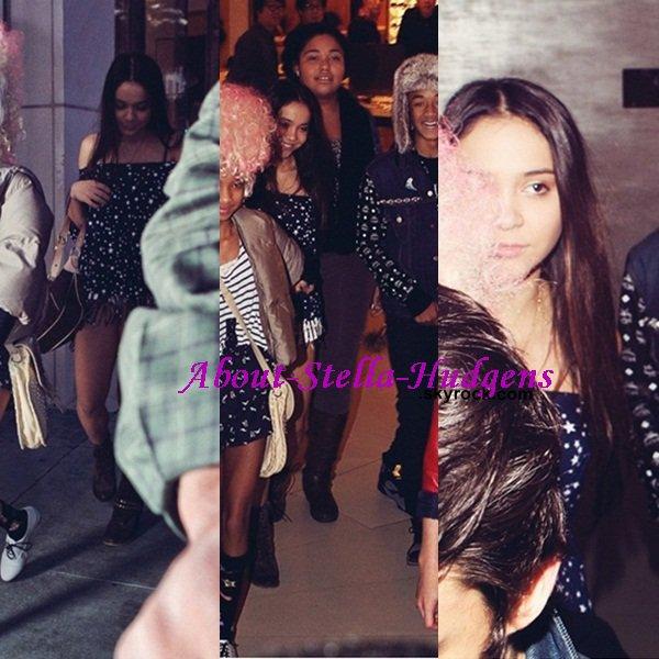 . 6 janvier: Stella de sortie, avec sa petite bande d'amis, dans Los Angeles hier.