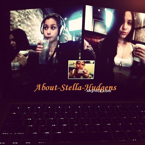 . Stella, Telana et Jordyn en skype. Et si vous regardez bien, Stella et Telana sont à côté mais pas sur le même pc hein. Ces filles sont tellement lolilol.