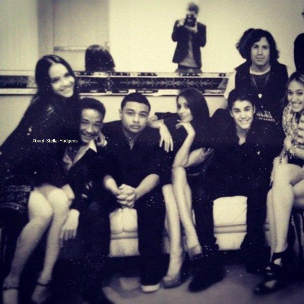 . Stella présente au 18 ans de Justin Bieber le 2 mars. Cody été aussi présent. LOOOOOOOOOL.