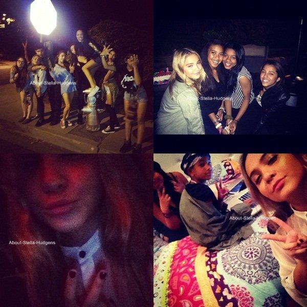 . Hier, Stella était avec des ami(e)s comme Rachel Harris, Bobbie DeBarge, Sydney Smith, Jacque & son petit ami, Jordyn, Brogan, Kiersey Clemons & d'autres..