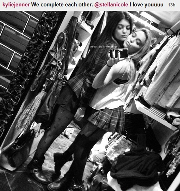 . Stella au 17ème anniversaire de Kendall Jenner hier. La soirée d'anniversaire s'est déroulé dans la maison des Kardashian/Jenner.