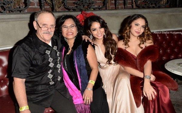 . Samedi 14 décembre au soir, Stella était à la soirée d'anniversaire de sa grande soeur Vanessa qui à fêté ses 25 ans avec sa famille et ses amis. ♥