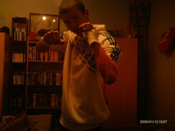 moi en mode boxeur (y)