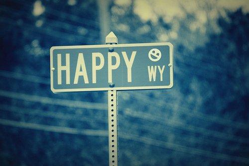 Apprend a être heureuse avec ce que tu as, pas avec ce qu'on les autres.