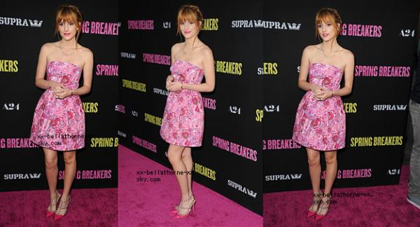 15/03/13. Bella et sa mère a l'avant premiere Spring Breakers à Hollywood