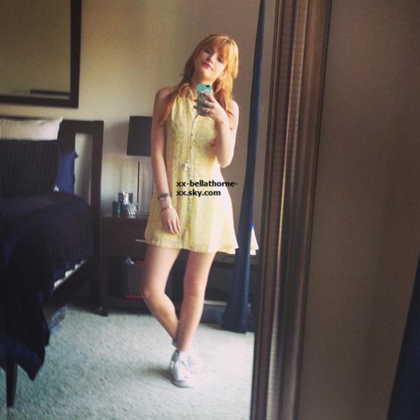 Nouvelle photo Twitter de Bella datant 16 mars