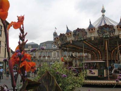 PLACE DE L'HOTEL DE VILLE (Troyes - Aube)
