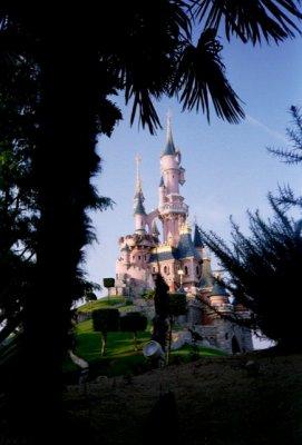 CHÂTEAU DE LA BELLE AUX BOIS DORMANT (Disneyland-Paris)