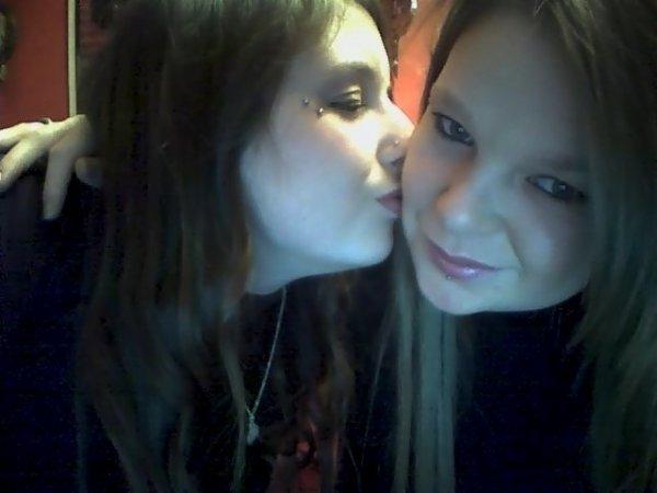 7 ans nous sépare, mais l'amour nous uni je t'aime ma petite soeur !