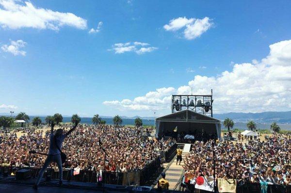 Les R5 en live, hier à Osaka au Japon, pour le Summer Sonic 2016. ❤