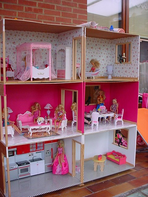maison barbie poup es. Black Bedroom Furniture Sets. Home Design Ideas