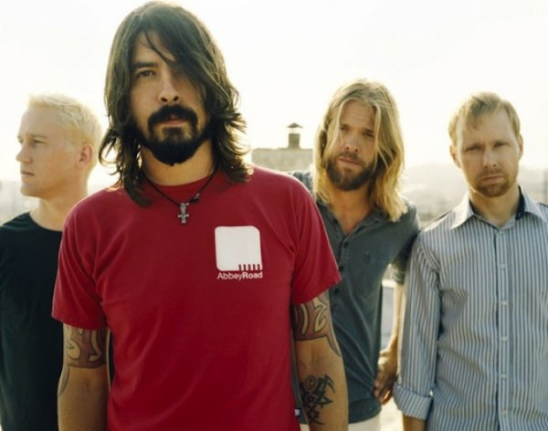 Foo Fighters : Dave Grohl rend hommage à Nirvana à Reading
