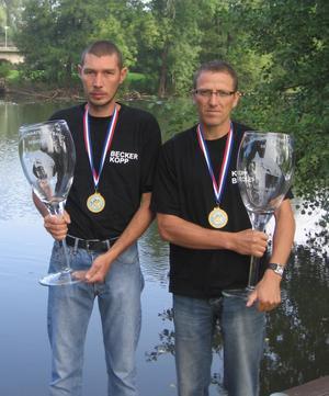 CHAMPIONS DE FRANCE 2007, 1er individuelle et 1er par équipes, carton plein pour une première participation