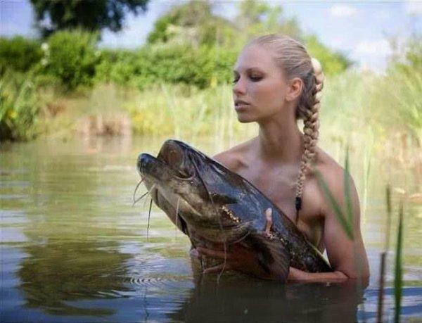 aiiiii,vouz préférer la fille ou le fish