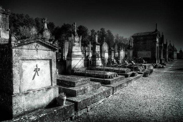 La mort doit être un beau voyage, puisque personne n'est revenu.