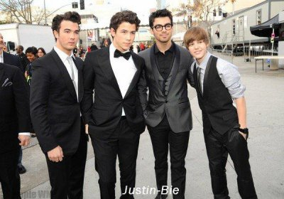 justin bieber & jonas brother