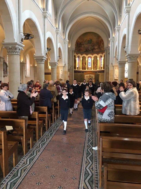 Les Petits Chanteurs de Nogent-sur-Marne - Les Moineaux du Val-de-Marne -  Sully sur Loire Avril 2016