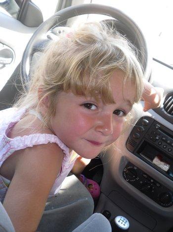 Ma petite cousine de moon Coeur. Je t'aime.