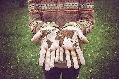 Il est inutile d'essayer de deviner qui est coupable ou non du non-équilibre de la planète. Je pense que nous avons besoin de comprendre et de résoudre les problèmes ensemble et de ne pas isoler les uns des autres.