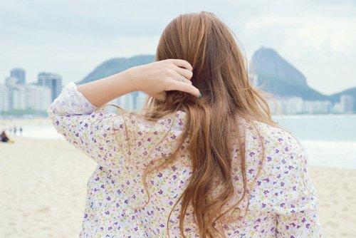 On a toujours tendance à idéaliser ceux qu'on aime et, parfois, à attendre d'eux ce qu'ils ne sont pas en mesure de nous donner.