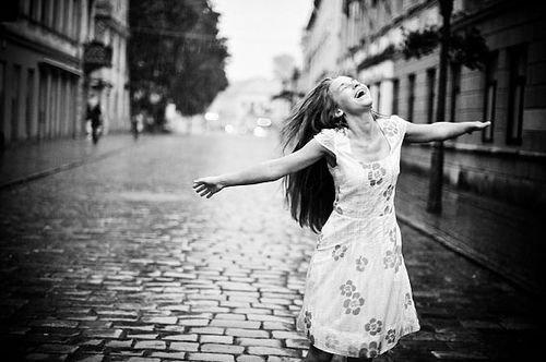 Si tu veux comprendre le mot bonheur, il faut l'entendre comme récompense et non comme but.
