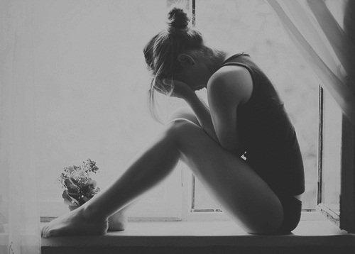 Face au suicide d'une personne, ce qui me peine n'est pas son acte mais qu'elle ait dû endurer une vie de souffrances pour en arriver là.