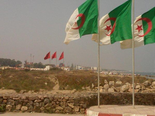 les frontiers entre l'Algérie et le Maroc