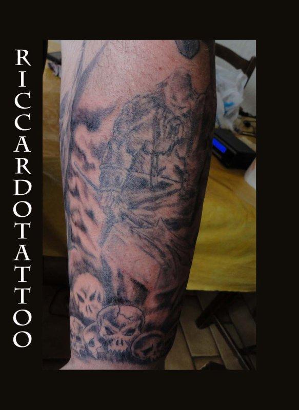tattoo REMI MANCHETTE EN COURS