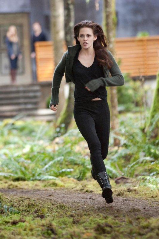 nouvelle image de Bella dans Breaking dawn part 2   ♥