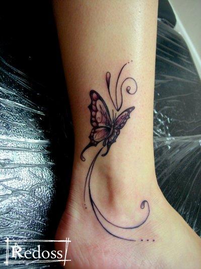 papillon autour de la cheville - redoss tattoo