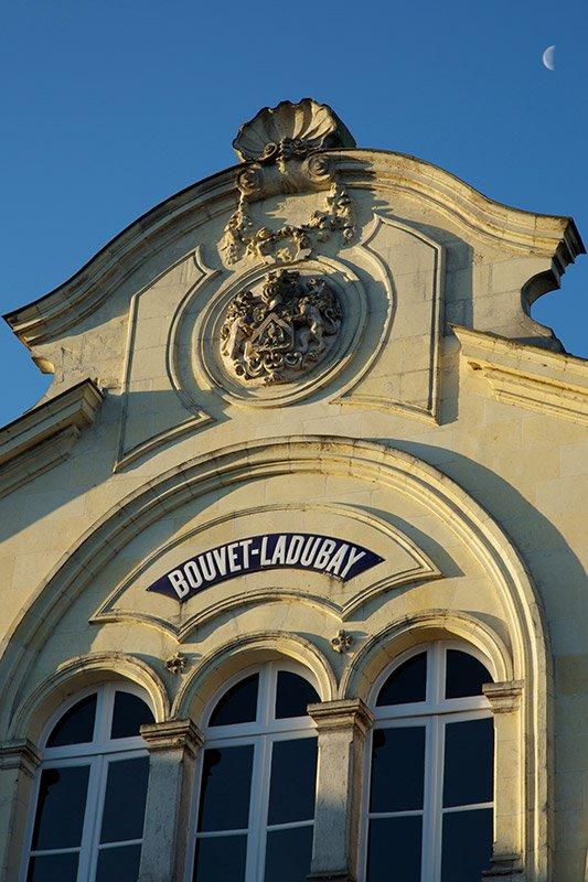 CAVES A L'ENTREE DE SAINT HILAIRE SAINT FLORENT