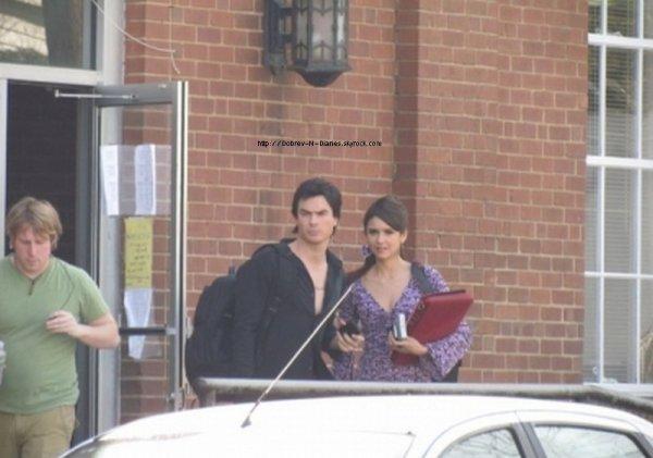 * Nina et Ian ont été apperçuts sur le tournage d'un épisode*