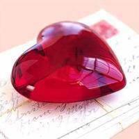 Je ne t'aime pas avec mon coeur mais avec mon âme car un jour mon coeur cessera de battre       نانسى عجرم - آه ونص.            tandis que mon âme brulera toujours pour toi...