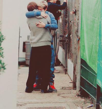 """""""Je defend tout le temps les personne-que j'aime , même si j'ai l'air d'un Bébé pingouin """" Niall"""