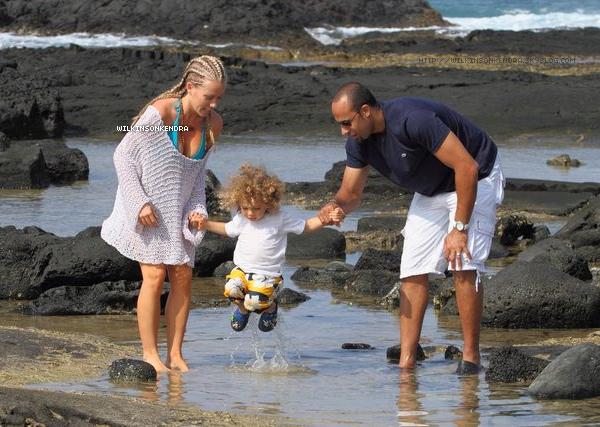 ________ ____ Exclu --- Des nouvelles photos des Baskett ,pendant leurs séjour a Hawaii !  Ils n'y sont plus, mais quelques photos ne cessent d'apparaitre depuis leurs retour :)   _______