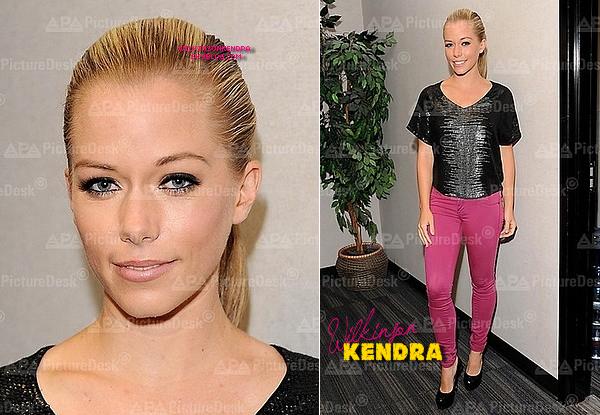 """____ ________. TV Show ---------  Kendra était l'invité de l'émission  """"Good Day L.A"""" le 31 juillet.  _______"""