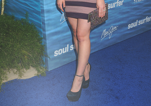 The Soul Surfer Premiere • • • __________________________________________________________________________________________ ________HTTP://HIL4RY-DUFF.SKYBLOG.COM
