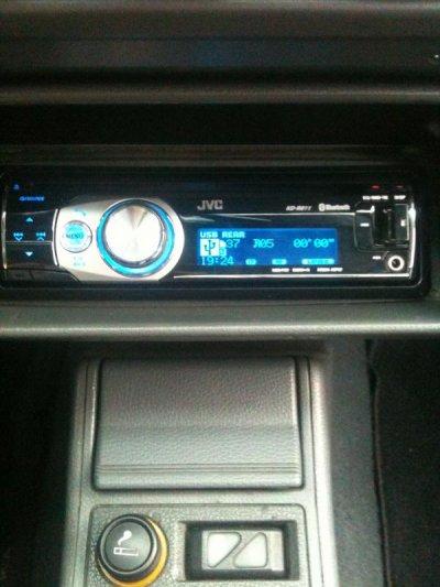 Nouveaux auto-radio cd, USB, bleutooth, téléphone, ...