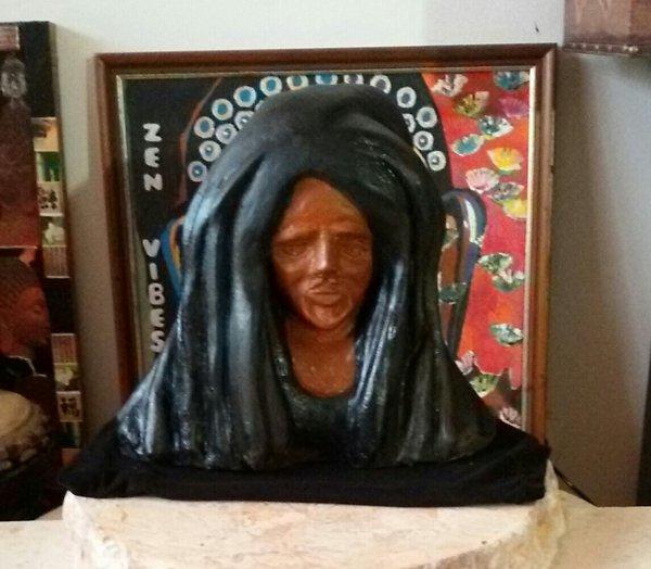 """Rastaman vibrations "" statue 32 cm"