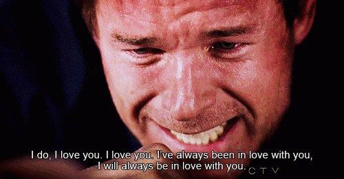Je t'aime, je t'aime, je t'aime... je t'aime...