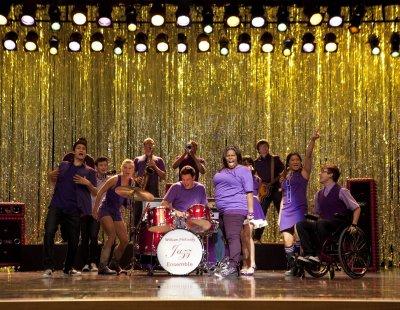 Saison 3 épisode 1 : The Purple Piano Project