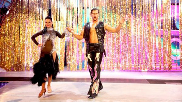 WWE : DANCING WITH FANDANGO !