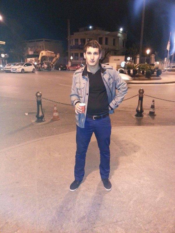 Hydra , Alger