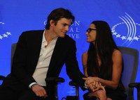 Ashton Kutcher et Demi Moore toujours heureux et amoureux